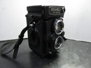 yashica-mat124G